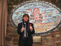 Unveiling of the Octopus Mosaic